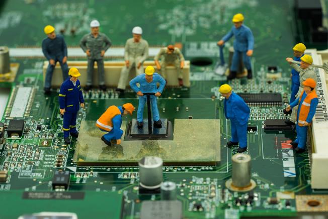 EOSLとは?メーカーサポートが終了した製品でも安心の保守サービス!
